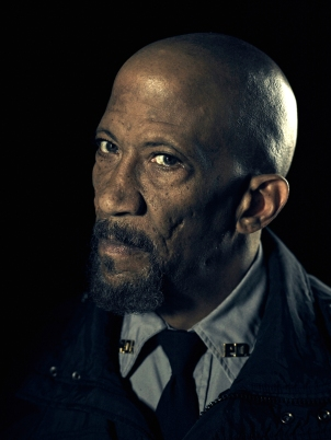 Reg E. Cathey  es el Jefe de Policía Giles en OUTCAST - Viernes 3 de junio en FOX+ (1).jpg